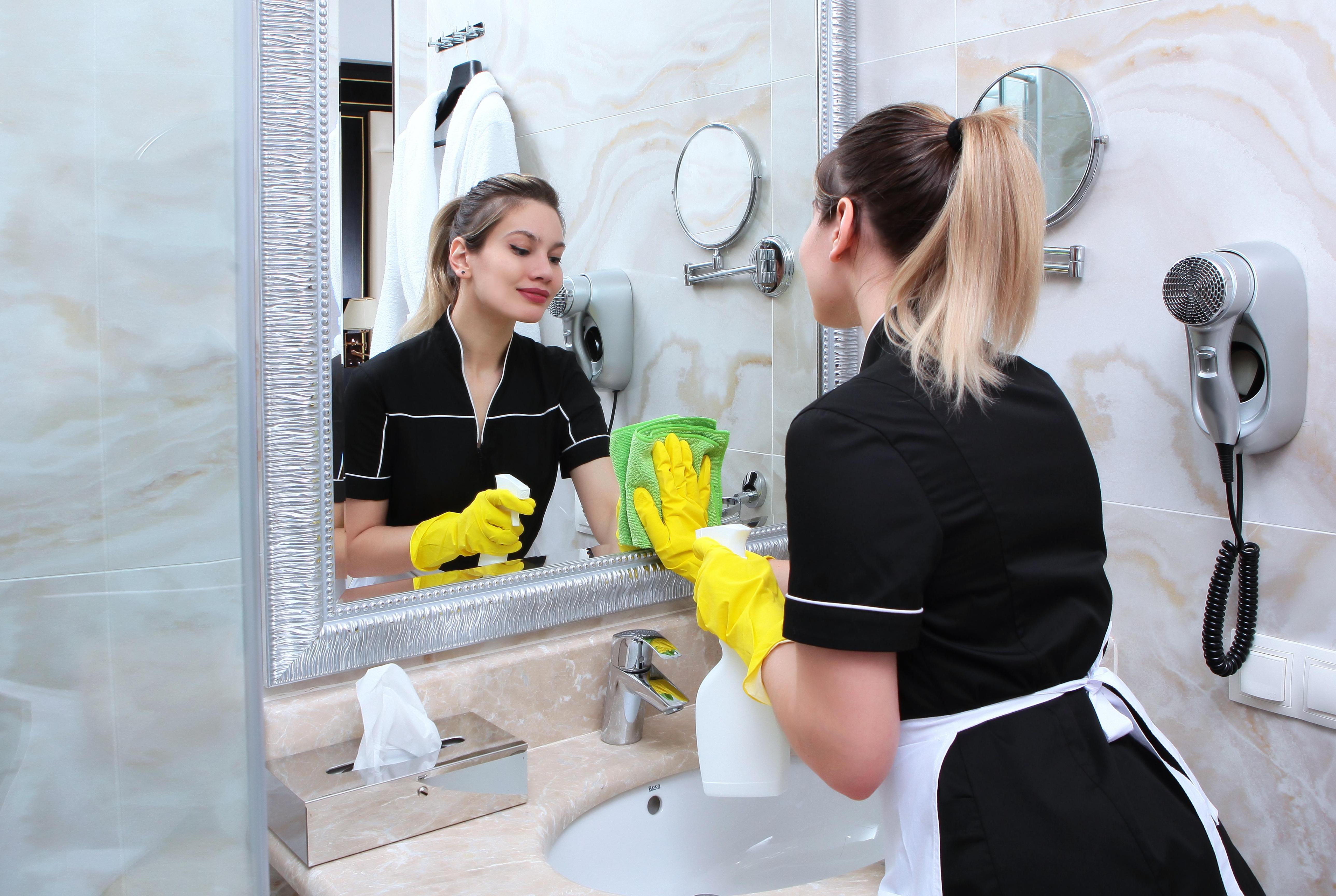Bathroom cleaners in Barnet