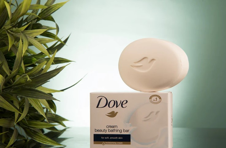 Cleaning leather sofa with Dove