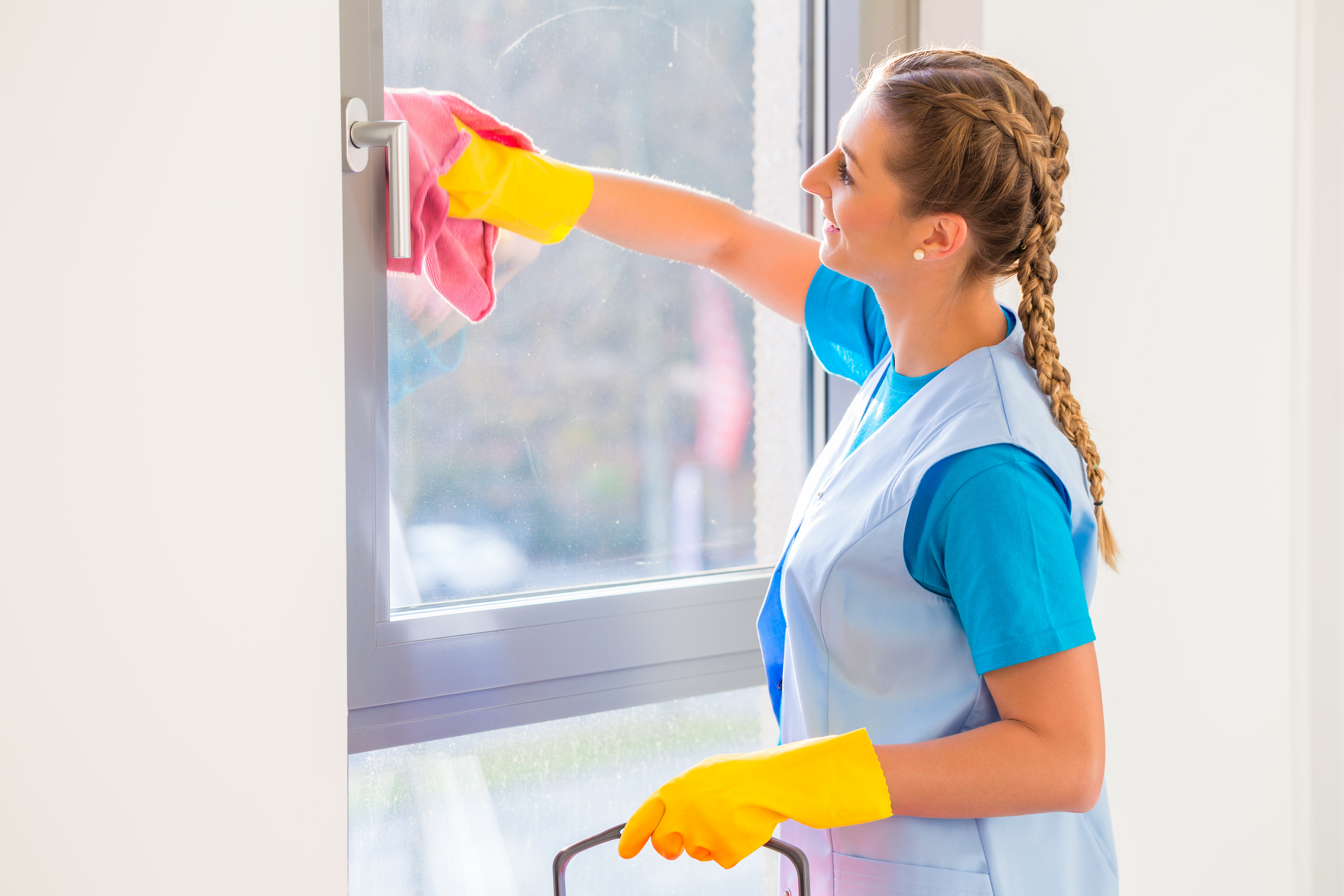 commercial cleaning services NW10